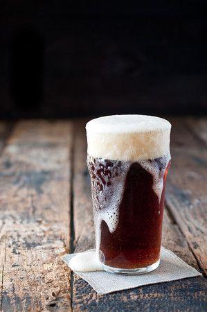 le regole per versare la birra artigianale